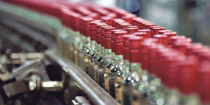 Минфин предлагает в очередной раз повысить цену на водку