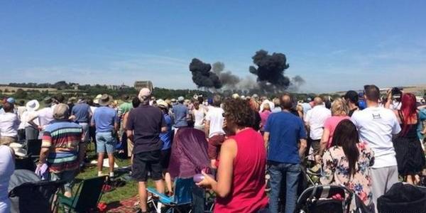 На авиашоу в Англии разбился самолёт (Видео)