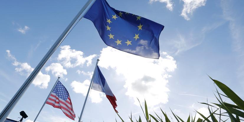 Европейцы перестали верить в защиту со стороны США