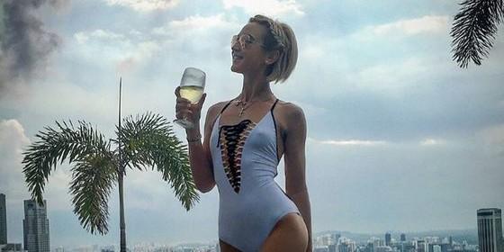Фанаты раскритиковали фото Ольги Бузовой за отсутствие груди