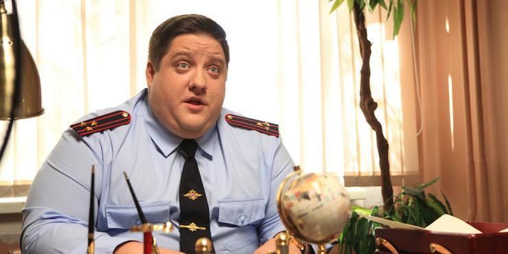 """""""Я потерял сознание"""": звезду """"Полицейского с Рублевки"""" госпитализировали, ему стало плохо на съемках"""