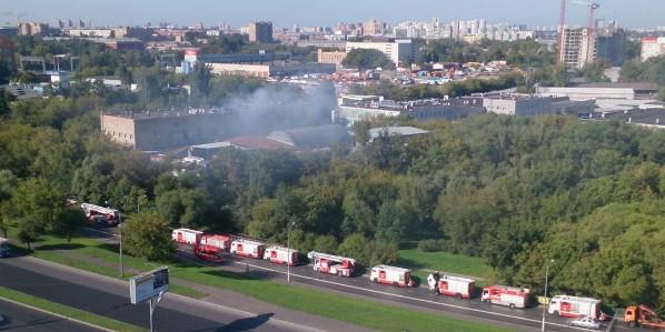При пожаре на складе в Москве погибли 17 человек
