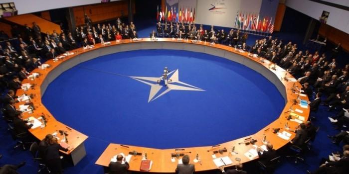 НАТО заявило, что не представляет угрозы для России