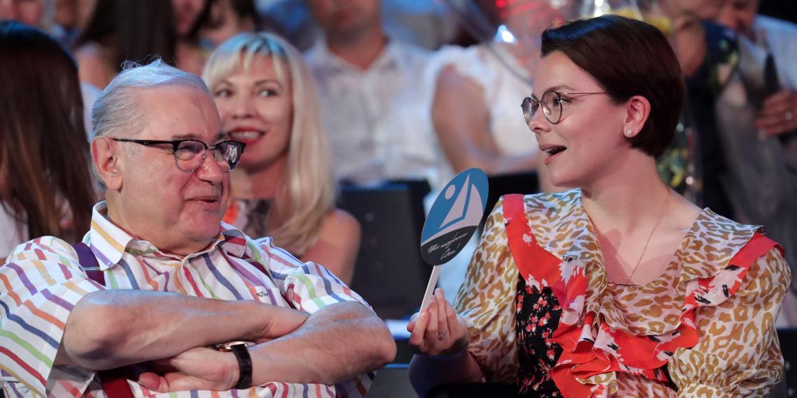 СМИ: Степаненко подозревает, что Брухунова родила не от Петросяна