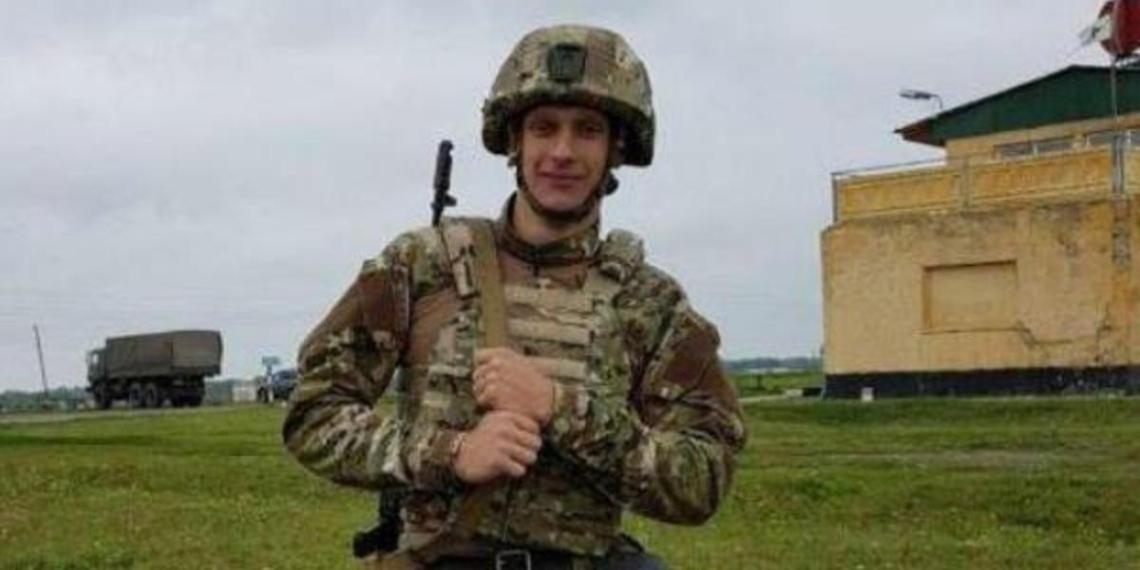 """Отец убитого спецназовца рассказал о его чувстве """"патологической справедливости"""""""