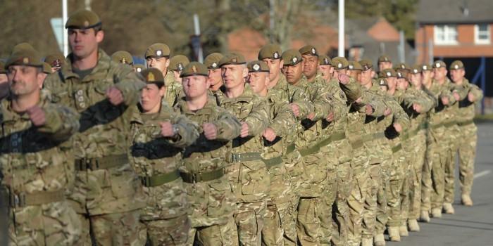 """Великобритания отправит свои танки и артиллерию в Прибалтику для """"сдерживания России"""""""