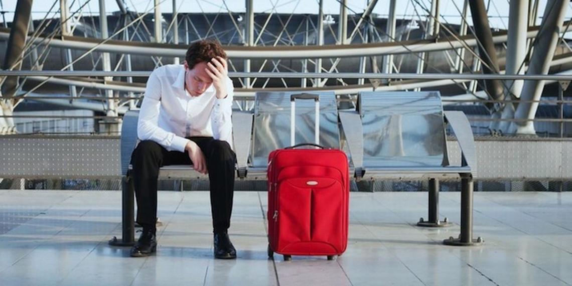 Более 4 миллионов россиян не выпускают за границу из-за долгов