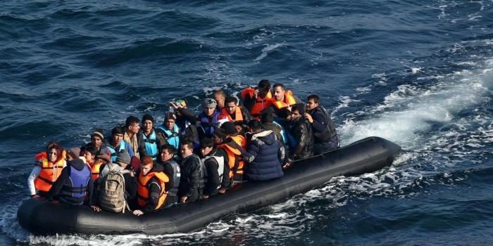 Independent: европейские спасатели наблюдали, как в Эгейском море утонул 31 беженец