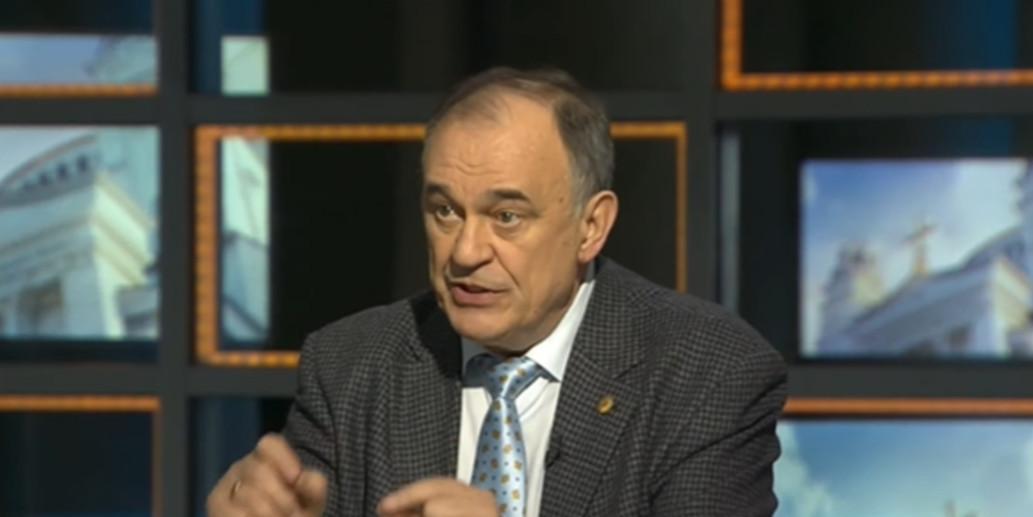 В Роспотребнадзоре предупредили россиян об опасности шаурмы