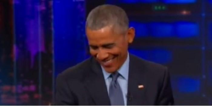 Обама рассмеялся в ответ на вопрос, кого бомбят США
