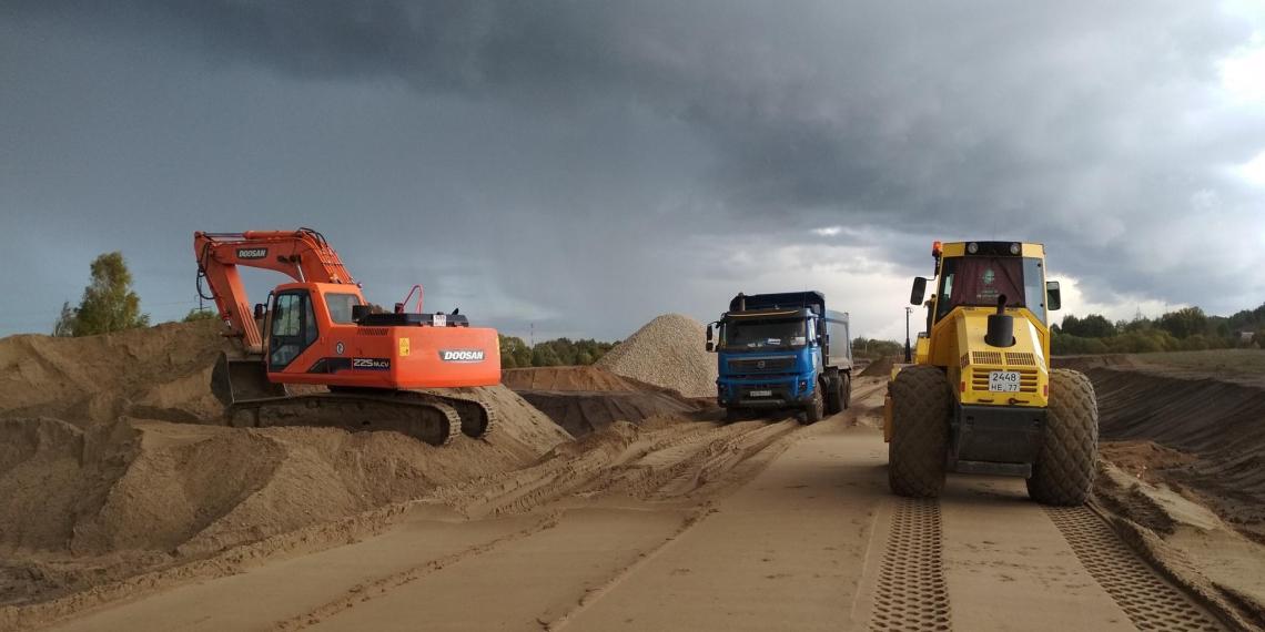 """В """"Автодоре"""" предложили занять у россиян деньги на дорожный мегапроект"""