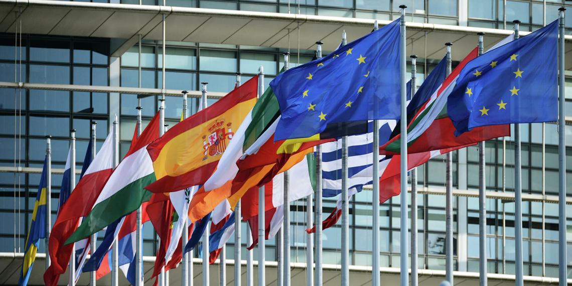 В Европарламенте призвали выслать аккредитованных при ЕС российских дипломатов