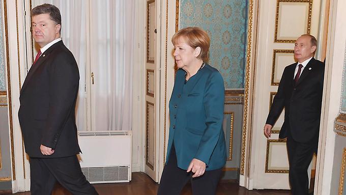 Кристоф Херварц: Про бессонную ночь с Берлускони - Путин провоцирует Меркель и ЕС