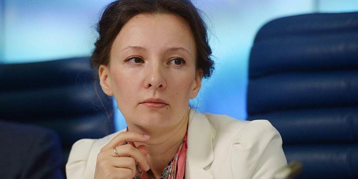 Рошаль похвалил Кузнецову за качественную работу