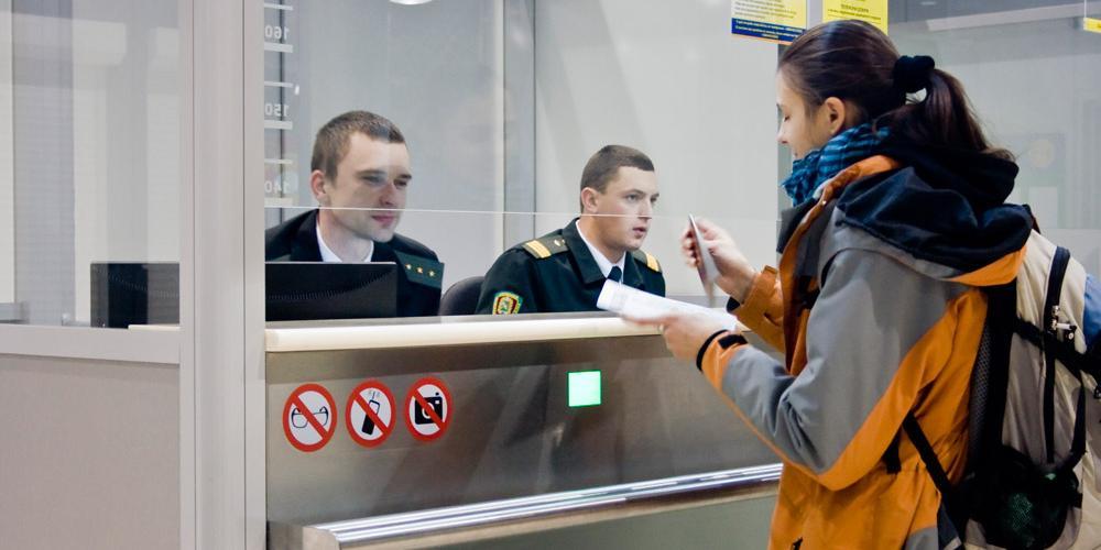 Правительство разрешило гражданам выезжать из страны