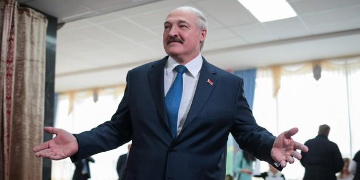 """""""Уже надоело, через край"""": Лукашенко заявил, что не потерпит давления России"""