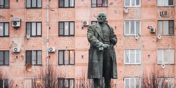 Мэр города в Выборге заявил о замироточившем памятнике Ленину