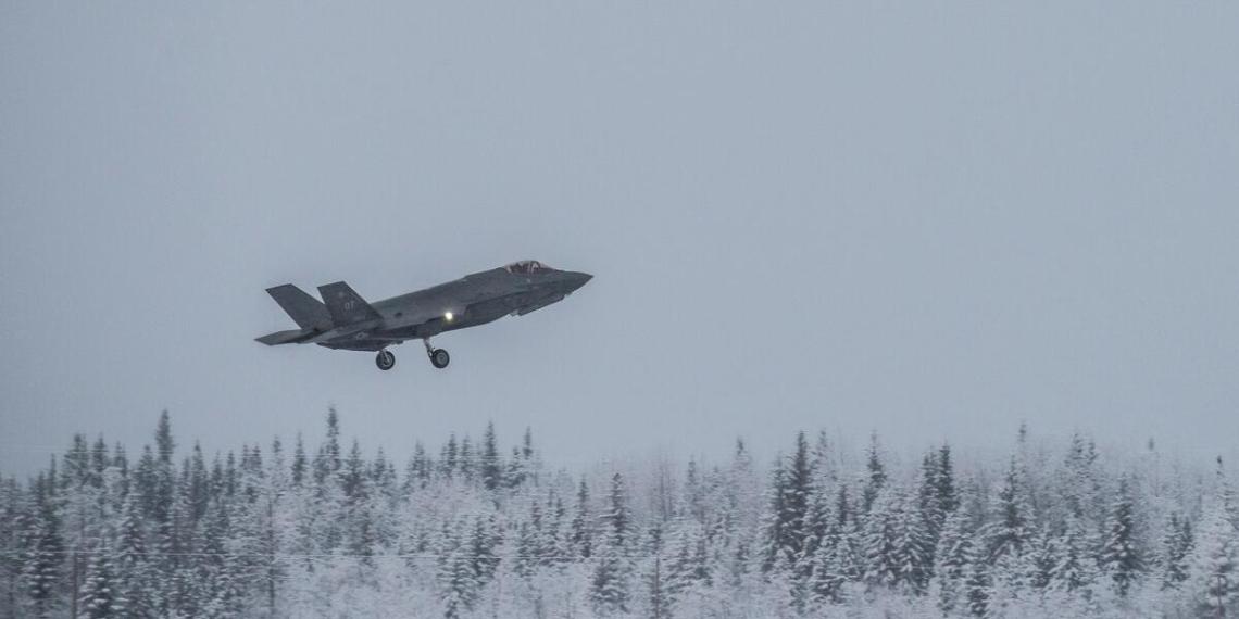 США превратят Аляску в тренировочный полигон для F-35