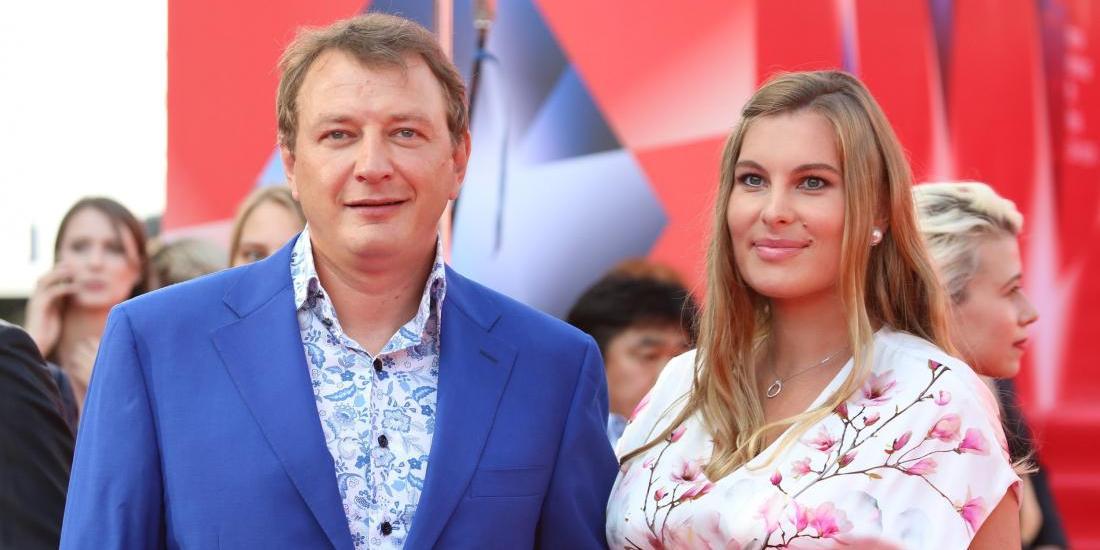 """""""Я прошла через это"""": бывшая жена Башарова призвала Муцениеце """"бежать"""" от Прилучного"""