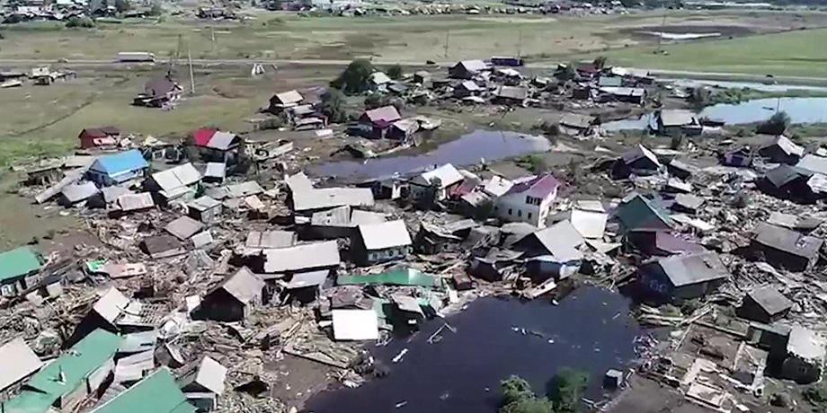 Пострадавшим от наводнения жителям Тулуна придется встречать холода в разрушенных домах