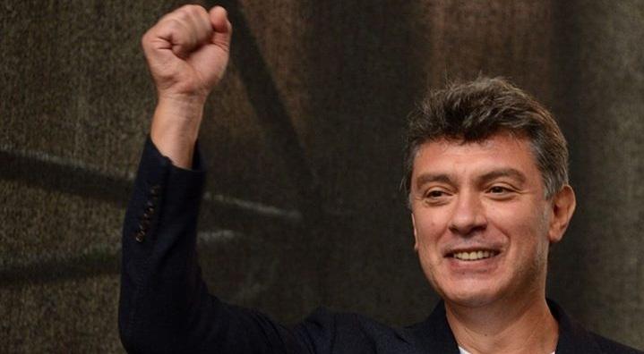 Порошенко наградил Немцова орденом, который вручался генсеку НАТО