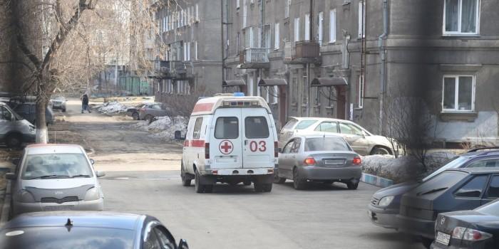 Саратовских врачей обязали сообщать полицейским о лишенных девственности школьницах