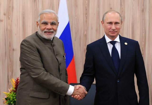 Расчеты в нацвалютах: Путин провел переговоры с премьером Индии