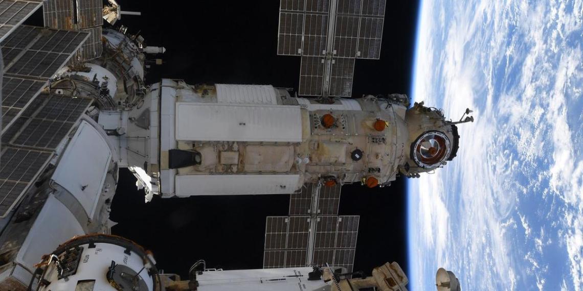 СМИ узнали о критической ситуации с космическим модулем Наука