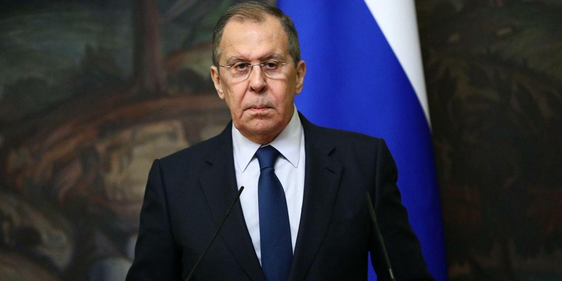 Лавров потребовал от Киргизии оперативнее реагировать на притеснения русскоязычных