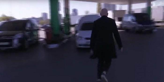 Вопросы украинских журналистов о России загнали Дорна на автозаправку