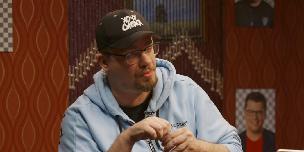 """""""Думал, что умираю"""": Гарик Харламов рассказал, как катался мокрый по полу казино в одних трусах"""