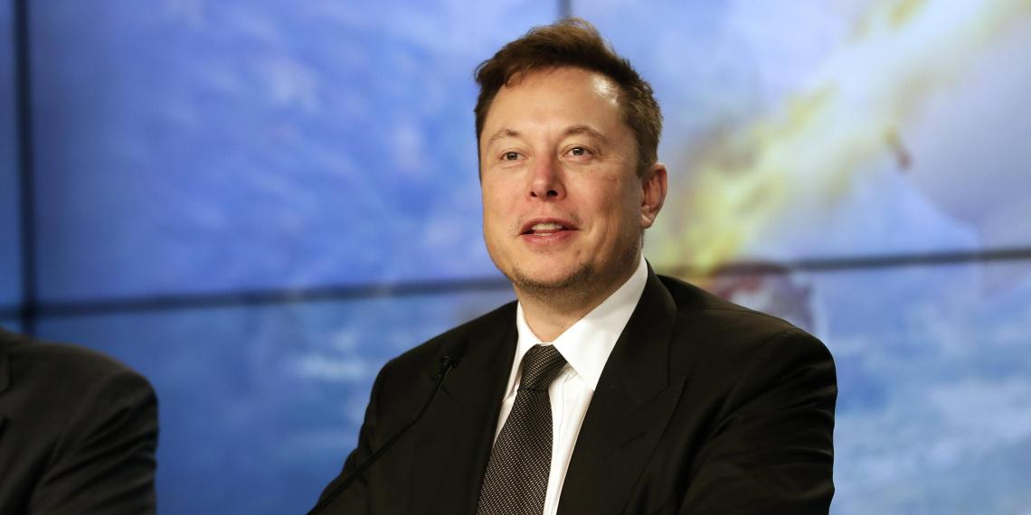 Маск дал совет российским космическим инженерам