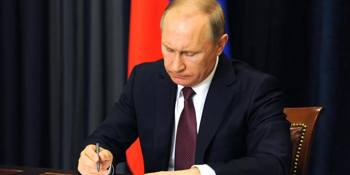 Президент подписал указ о единовременной выплате военнослужащим, поддержав предложение Шойгу