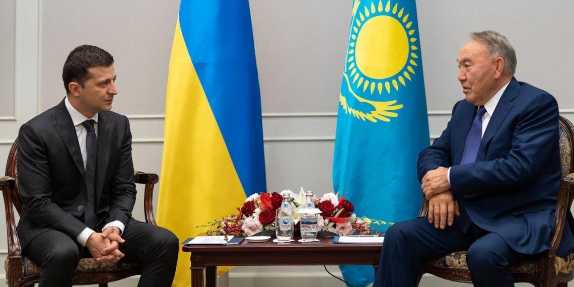 В Кремле ответили Назарбаеву, решившему организовать встречу Путина с Зеленским