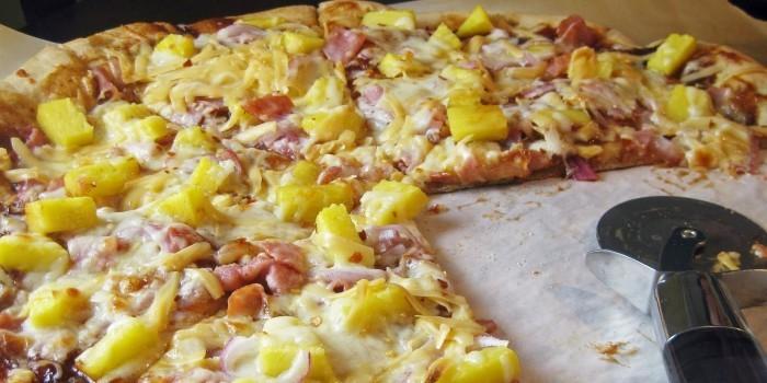 Президент Исландии хочет запретить в стране пиццу с ананасом