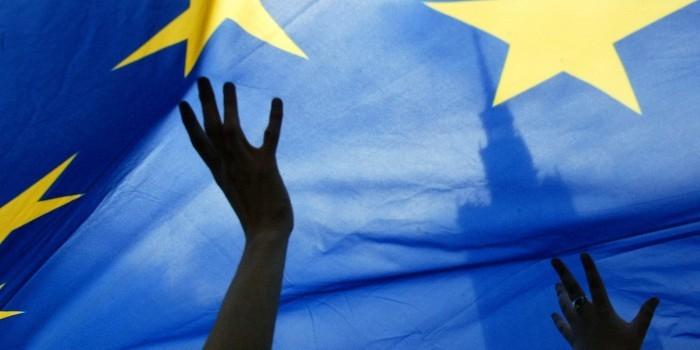 Французский политик: украинский конфликт покажет, независим ли ЕС