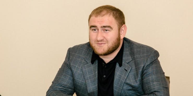 СМИ: фигуранты дел о заказных убийствах назвали действующего российского сенатора заказчиком преступлений