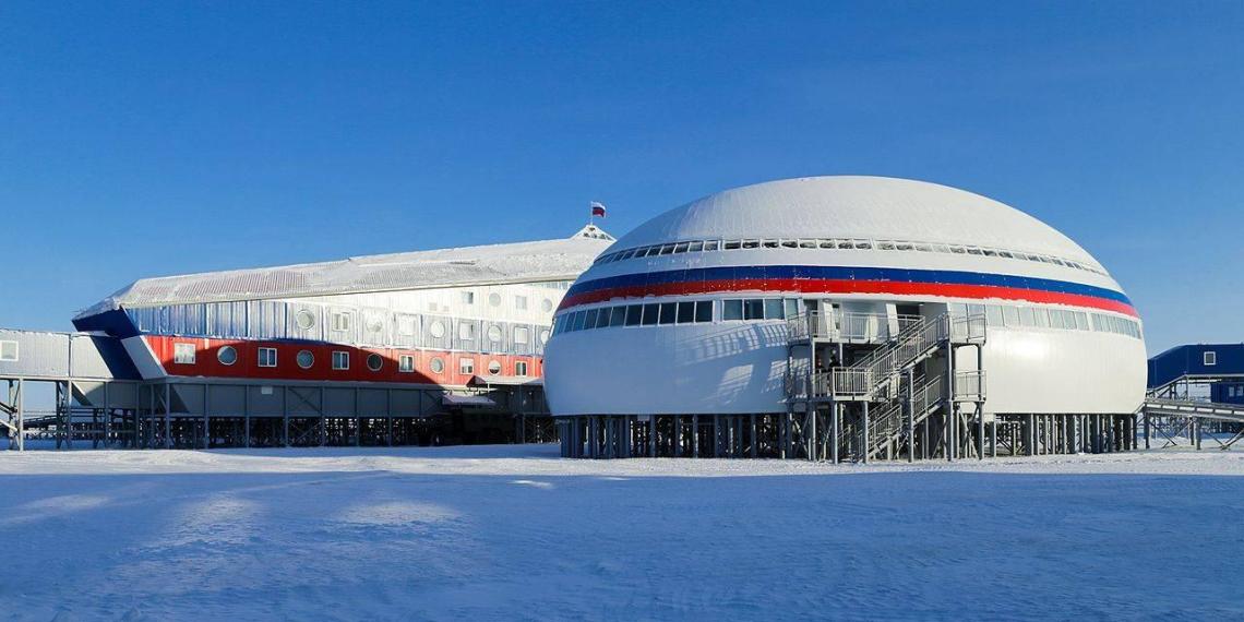 """CNN представил доказательства развертывания Россией """"беспрецедентных"""" сил в Арктике"""