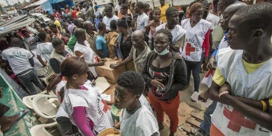 Сотрудники Красного Креста похитили часть пожертвований на борьбу с Эболой