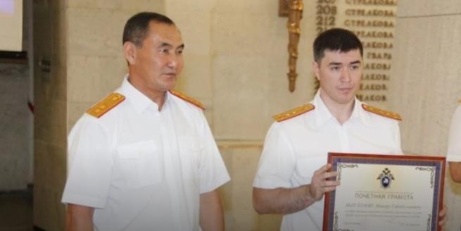 Волгоградского следователя арестовали за похищение людей и вымогательство 7 млн рублей