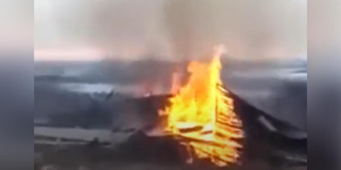 В Нижегородской области священники сожгли колокольню XIX века