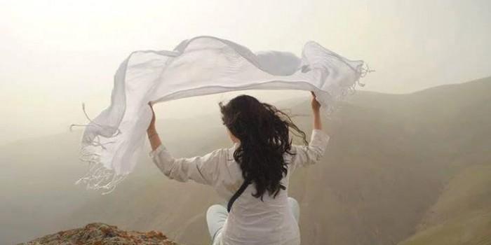"""""""Моя тайная свобода"""": флешмоб жительниц Ирана против ношения хиджаба"""