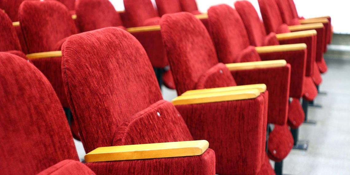Кинотеатрам разрешат не пускать зрителей со своей едой
