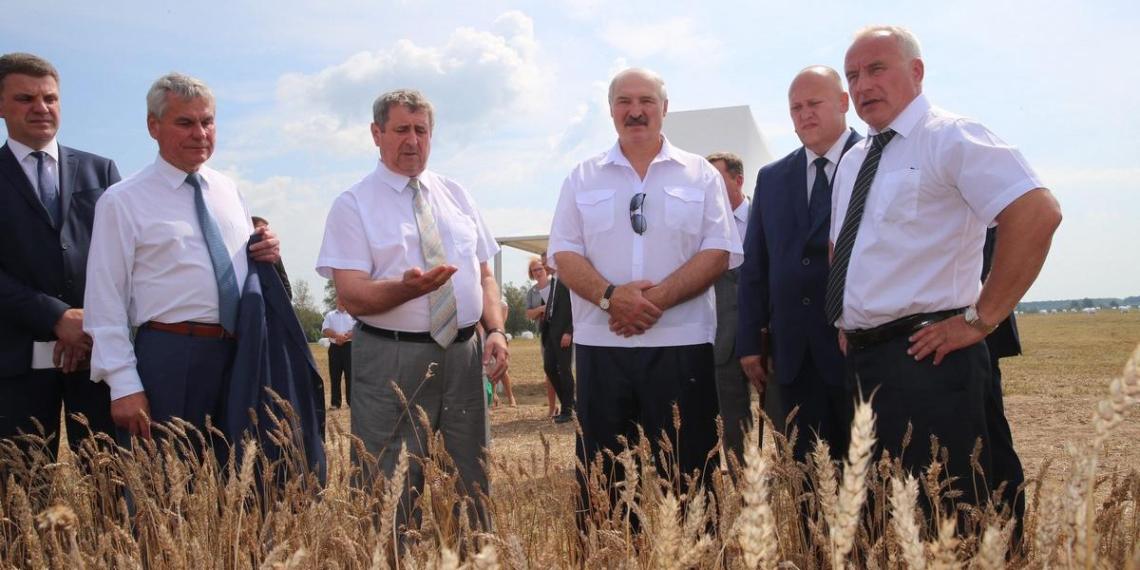 Лукашенко: белорусы веками стремились обрести независимость от России