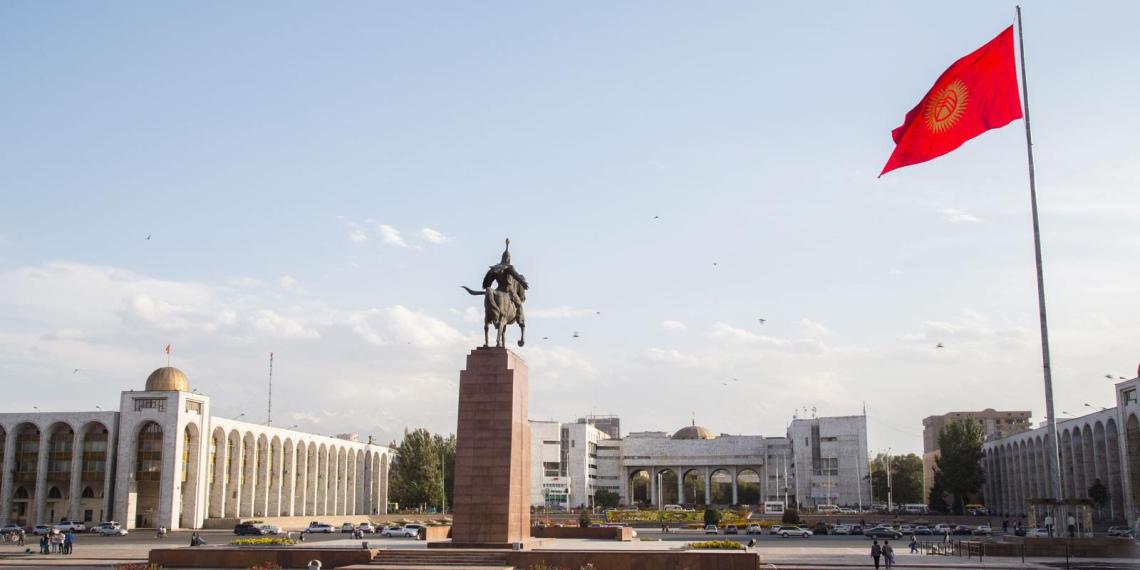 В Киргизии предложили лишить русский язык официального статуса