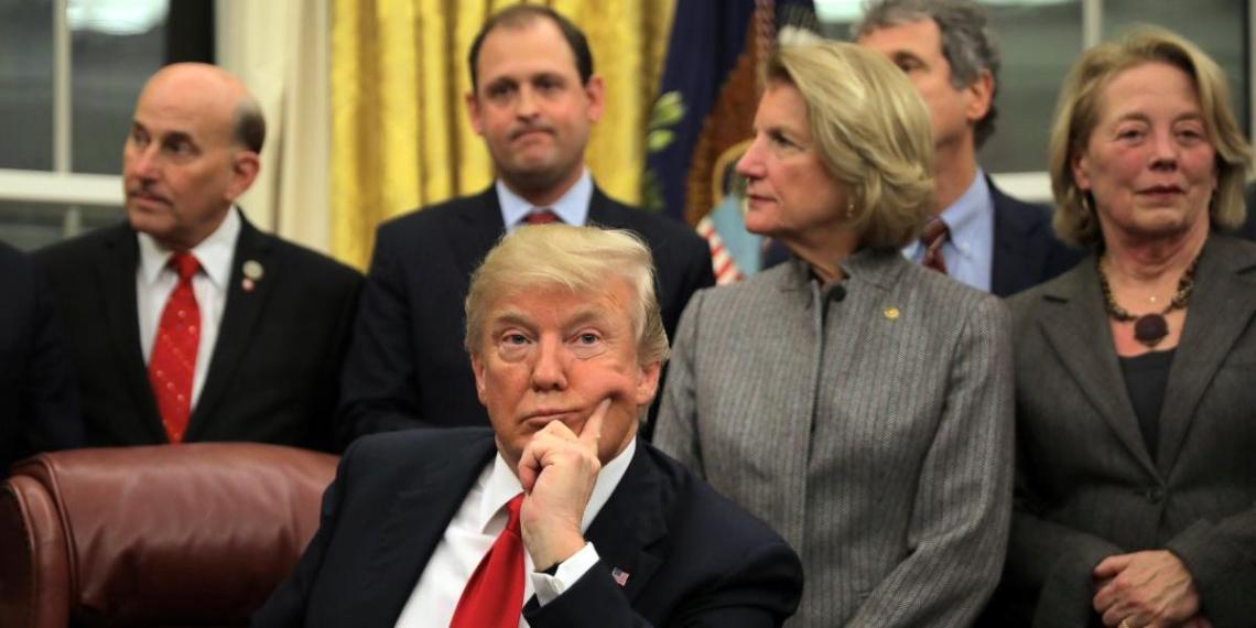 Трампу предложили создать альтернативу ВОЗ