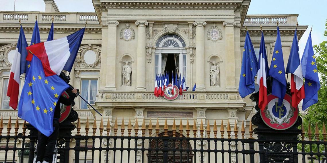 МИД Франции: Лукашенко угрожает белорусскому народу