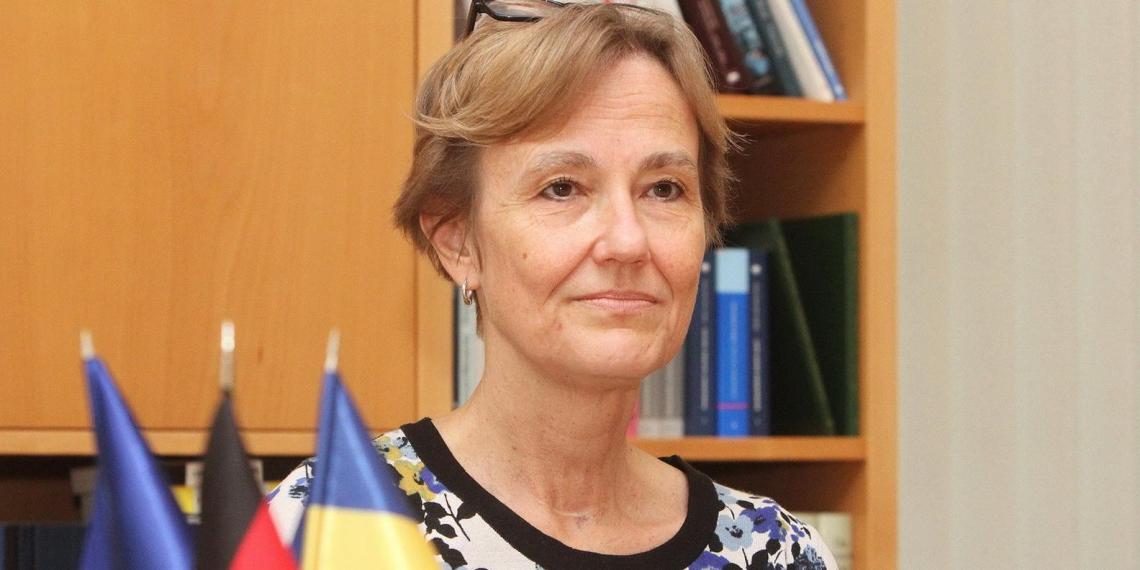 Посол Германии: если Россия не будет поставлять газ через Украину, то она должна платить