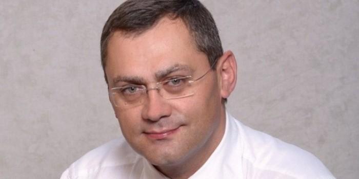 Главу петербургского Колпино задержали за разбойное нападение в подъезде