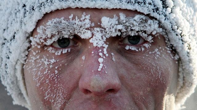 Сибиряка марафонца не пугает сорокоградусный мороз